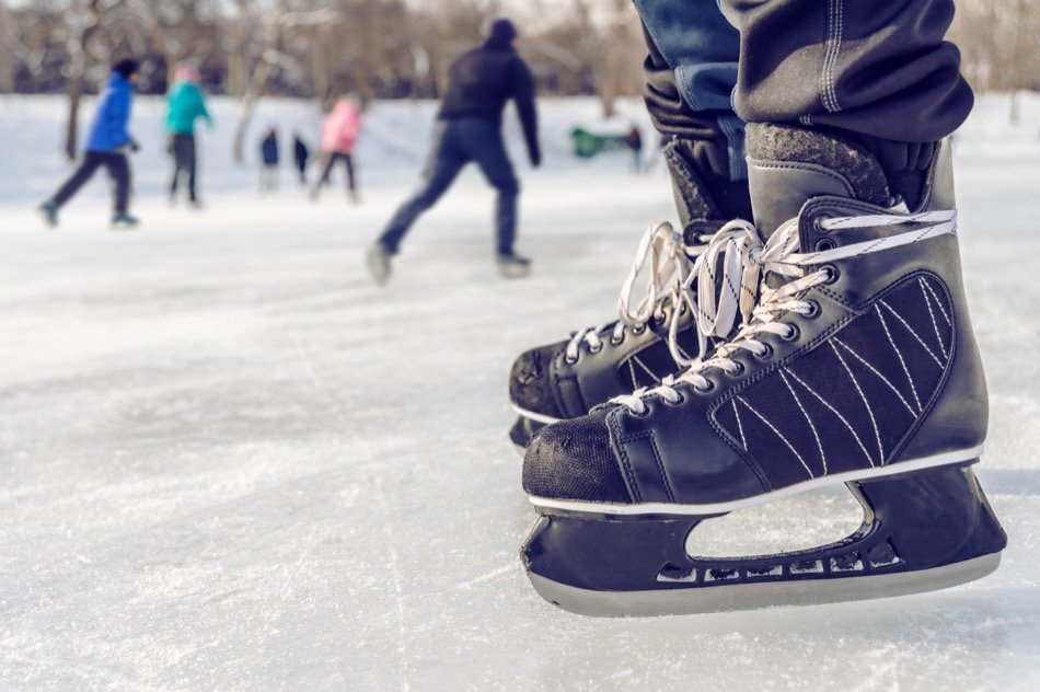 3 Great Places to go Ice Skating in Alaska in 2019