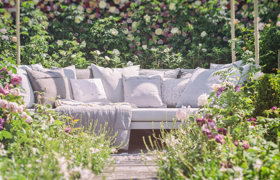 3 Tips for Planning an Outdoor Living Space